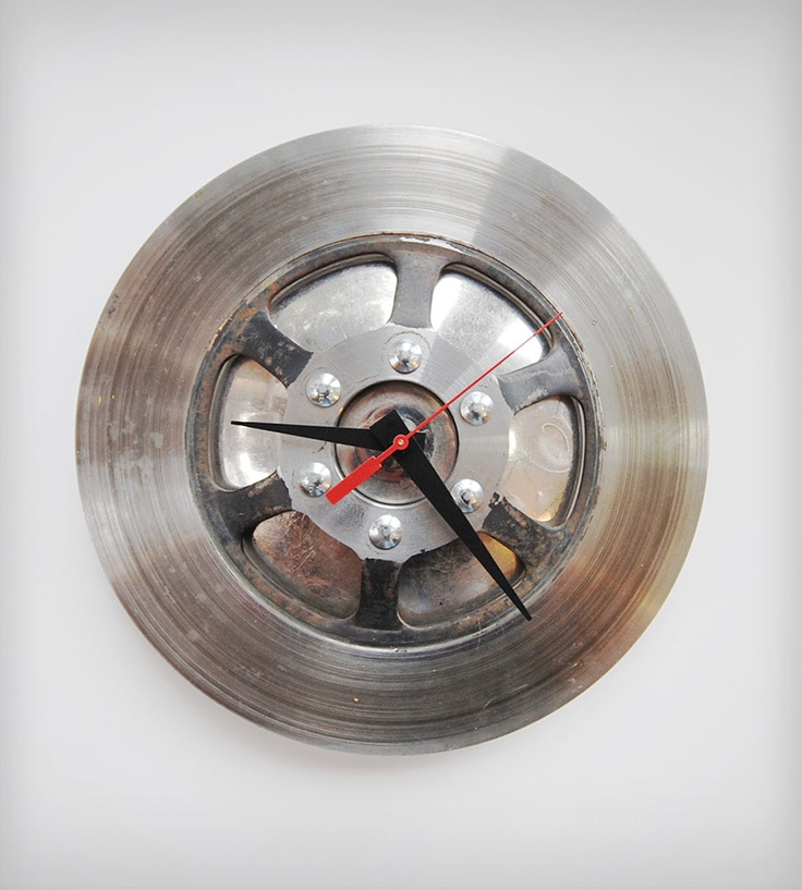 Speed Racer Clock By reCycle Clocks. Made with up cycled bicycle parts. #recycle #environmental #upcycle