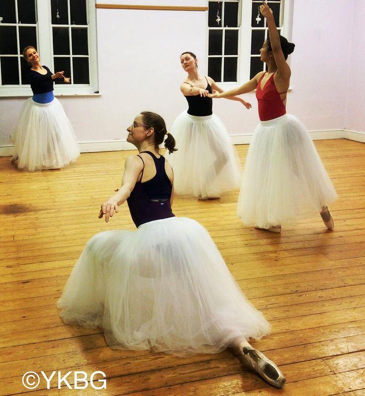 #rehearsal of #grandpasdequatre for forthcoming #YKBG #balletperformance #ballet #adultballet #lifeofadancer #oxford #