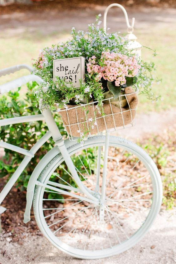 Colorful Country Barn Bike Wedding Decor / http://www.himisspuff.com/bicycle-wedding-ideas/4/