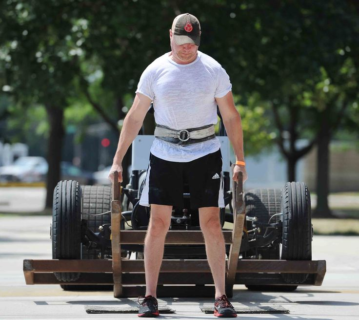 Mike Casper lifts 365-pound during the strongman competition in the Iowa Games at Jack Trice Stadium's parking lot Saturday, July 15, 2017, in Ames, Iowa. Photo by Nirmalendu Majumdar/Ames Tribune http://www.amestrib.com/news/20170715/lesser-known-sports-well-represented-at-iowa-games