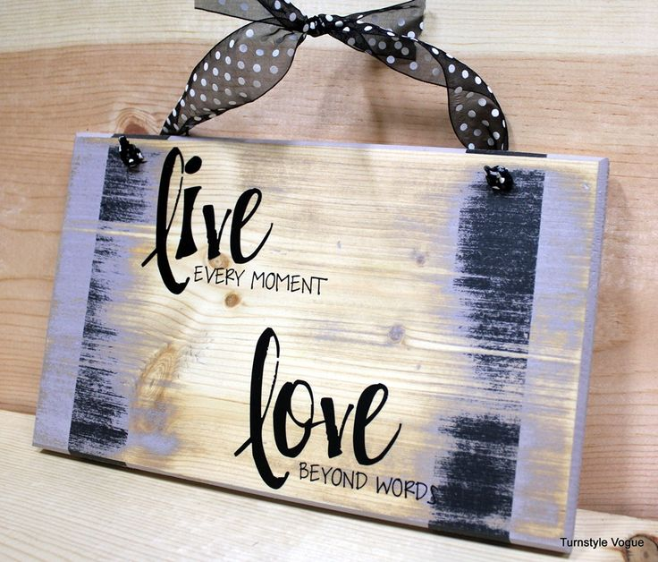 easy diy dorm room decorations | Live Every Moment. Love Beyond Words. This is sweet.