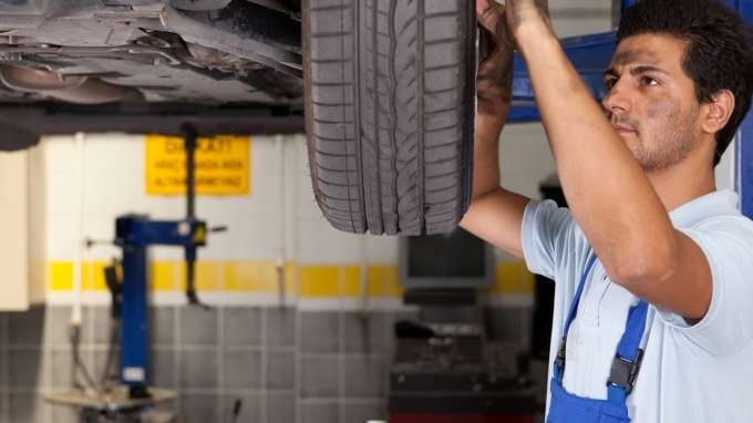 Turn unexpected car repairs into a fixed, manageable cost with car repair insurance. Find out how auto repair insurance works.
