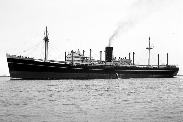 SS Surat a P & O. cargo ship built by Vickers at Tyneside she was completed in 1948. Powered by geared turbines she could develop 13,000 SHP, which gave a service speed of 17.5 Kts. Gross Tonnage 8,925, length 522 ft, breadth 67.2 ft & loaded draught 29ft 7 ins. Had accommodation for 12 passengers The holds had Cargocaire ventilation fitted.