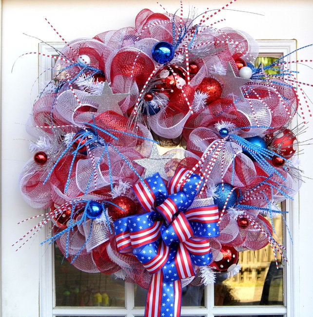fireworks!Wreaths Deco Mesh, Image Details, Blue Front, Fourth Of July, July Wreaths, Red White Blue, Front Doors, 4Th Of July, Mesh Wreaths