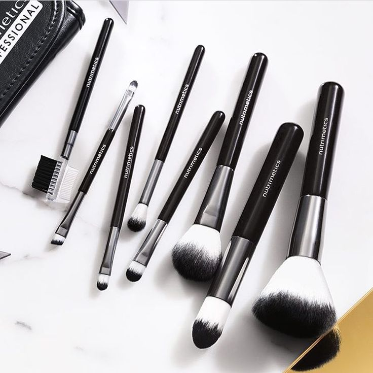 Seriously a girls best friend, good brushes are hard to find, shop now @ www.nutrimetics.com.au/simoneanderson