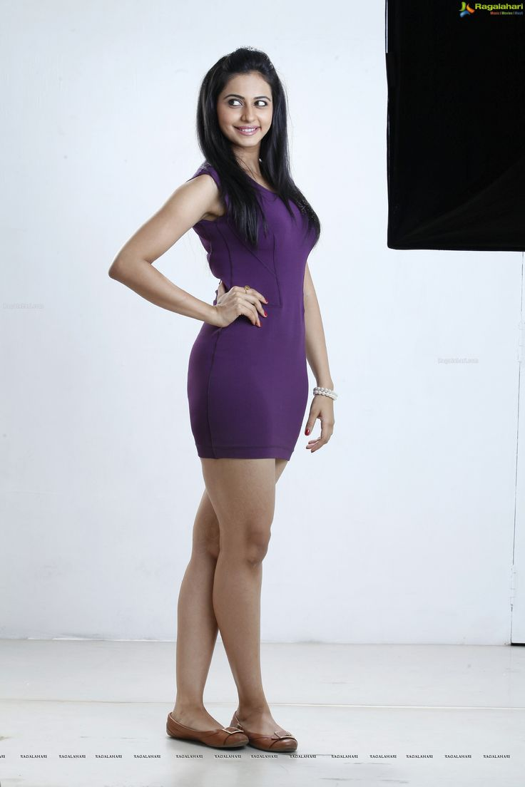 Rakul Preet Singh hot thighs and legs
