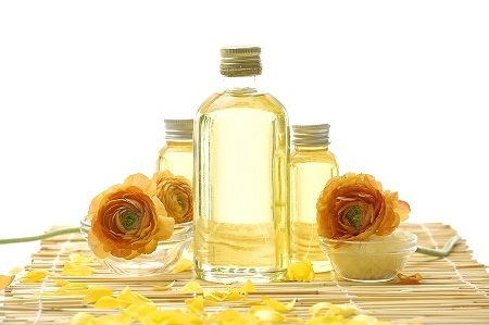 The Three Oils That Penetrate The Hair Shaft And Why You Should Add Them To Your Holy Grail List  Read the article here - http://www.blackhairinformation.com/products-2/products-reviews/the-three-oils-that-penetrate-the-hair-shaft-and-why-you-should-add-them-to-your-holy-grail-list/