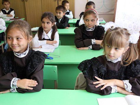 В столичных школах запретят хиджабы, шорты и миниюбки
