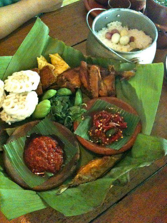 Nasi Timbel, Kampung Daun, Bandung, Indonesia