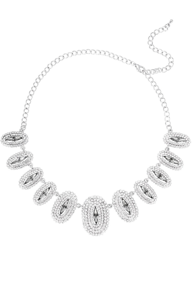 Lyxigt halsband med vita glittrande stenar.  *Necklace with white sparkly crystals