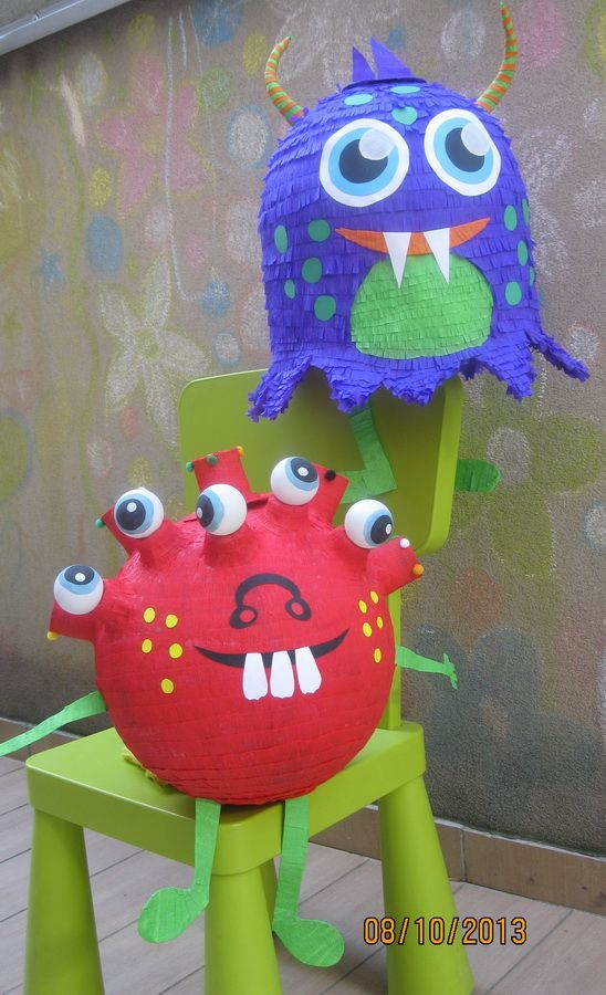 Monsters pinatas