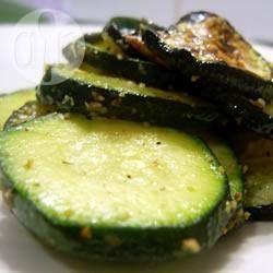 Photo de recette : Zucchini au beurre et poivre citronné