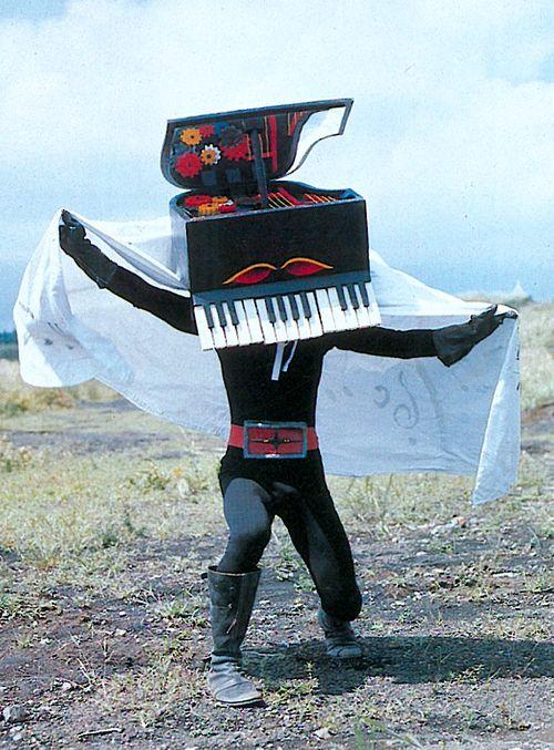 ピアノ 仮面