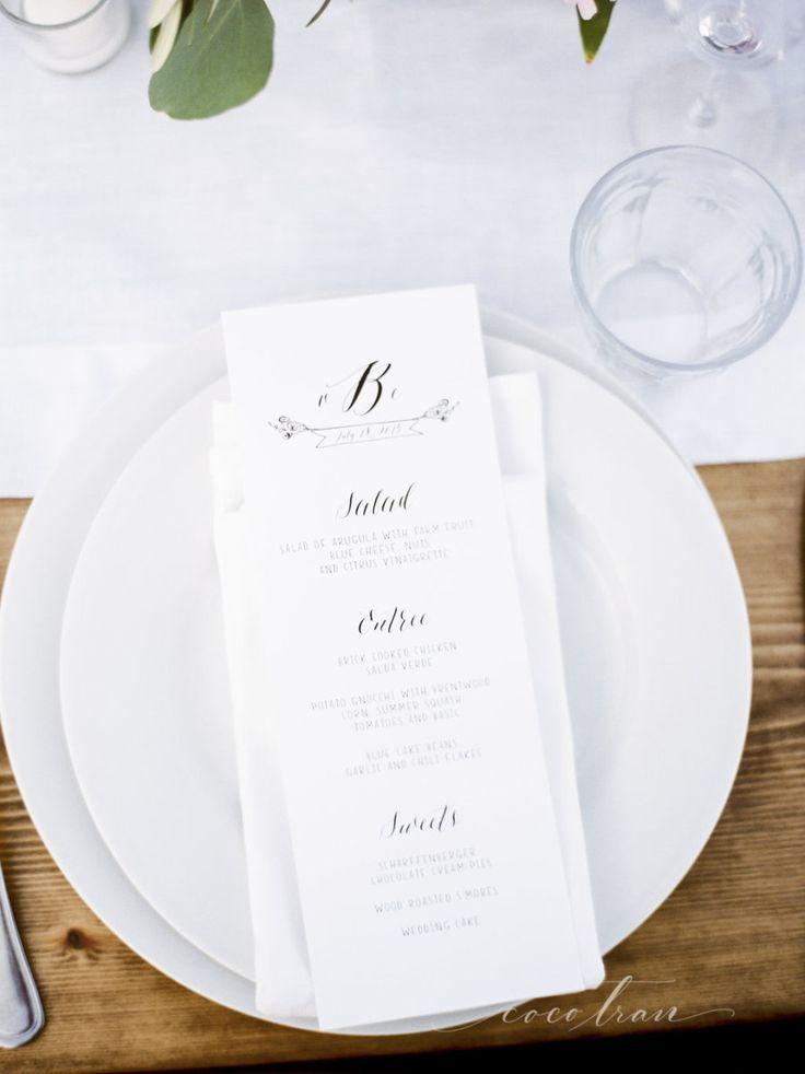 これぞシンプル!クリーンな印象のテーブルコーデ♪ モノトーンのメニュー表まとめ。シンプルな結婚式のメニュー表一覧。