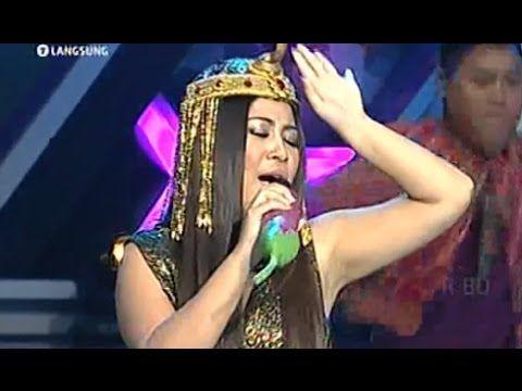 Bintang Pantura Dewi Gayatri ' Digilir Cinta ' @ D'T3rong Show 9 Septemb...