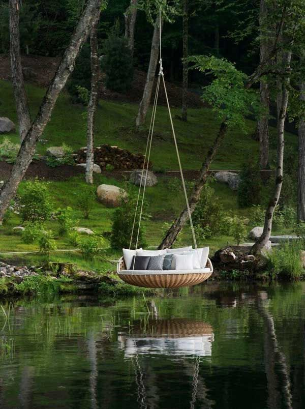 Over water hammock: 19 Cozy Outdoor Hanging Beds to Help You Enjoy The Summer Nights
