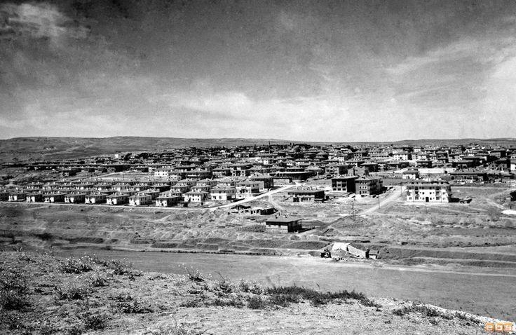 1954 senesinde Ankara Bahçelievler/Ankara Bahçelievler neighbourhood in 1954.