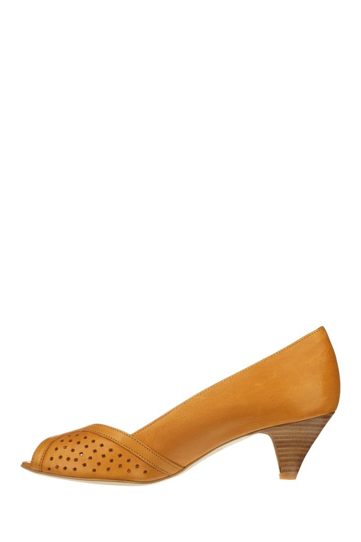 17 best ideas about escarpin jaune on pinterest talons jaunes pop chaussure and talons lumineux