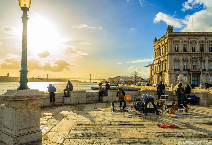 Lisboa - vista para o Tejo.