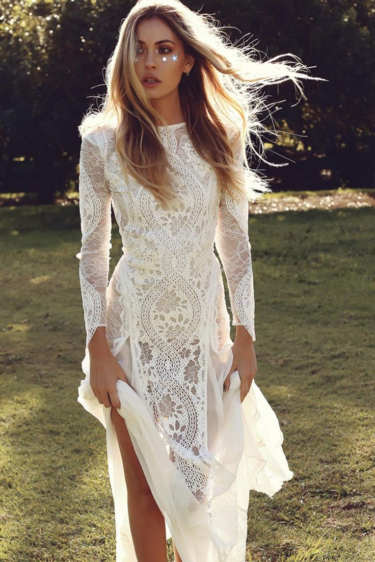 Lace Bohemian Wedding Dresses French Lace Long Sleeve Boho Chic Dress Open Back Bridal Gowns vestido de noiva 2017