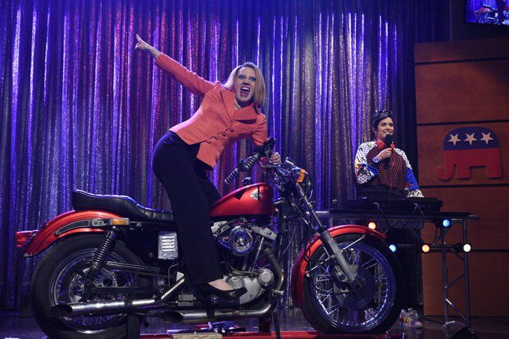 Pin for Later: 28 Emmy Nominees You Can Watch Online Right Now Saturday Night Live  Nominations: 16, including supporting actress in a comedy series for Kate McKinnon Where to watch it: All 40 seasons are on Hulu