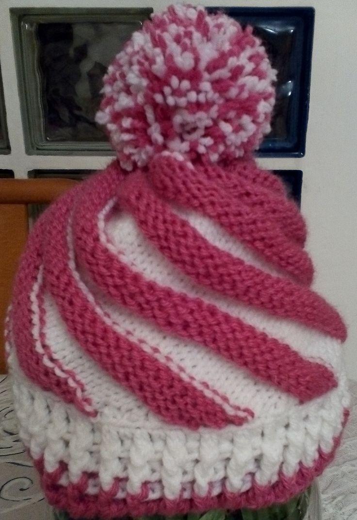 Cappello cupcake per bambina realizzato in lana. Lavorazione all'uncinetto. Crochet.