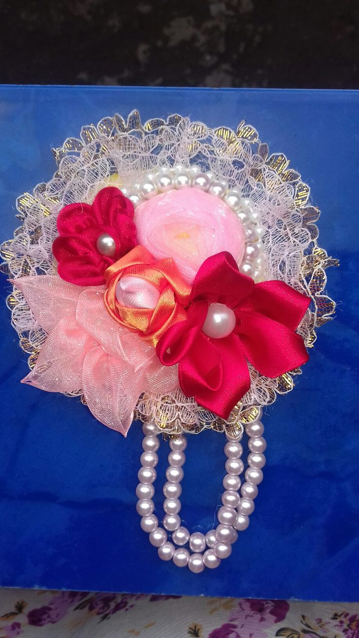 Brooch @ 25 rb