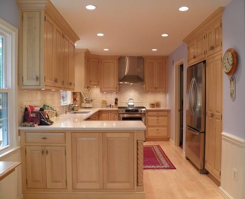 Maple Cabinets, light countertop | Dining/Kitchen | Pinterest on Light Maple Cabinets With Black Countertops  id=99869