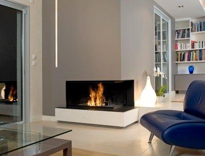 CMG, spécialiste Lyonnais de la cheminée propose ici une très belle cheminée contemporaine de la marque MetalFire. Elle se mariera parfaitement avec un intèrieur sobre et épuré. Elle dispose d'un fo [...]