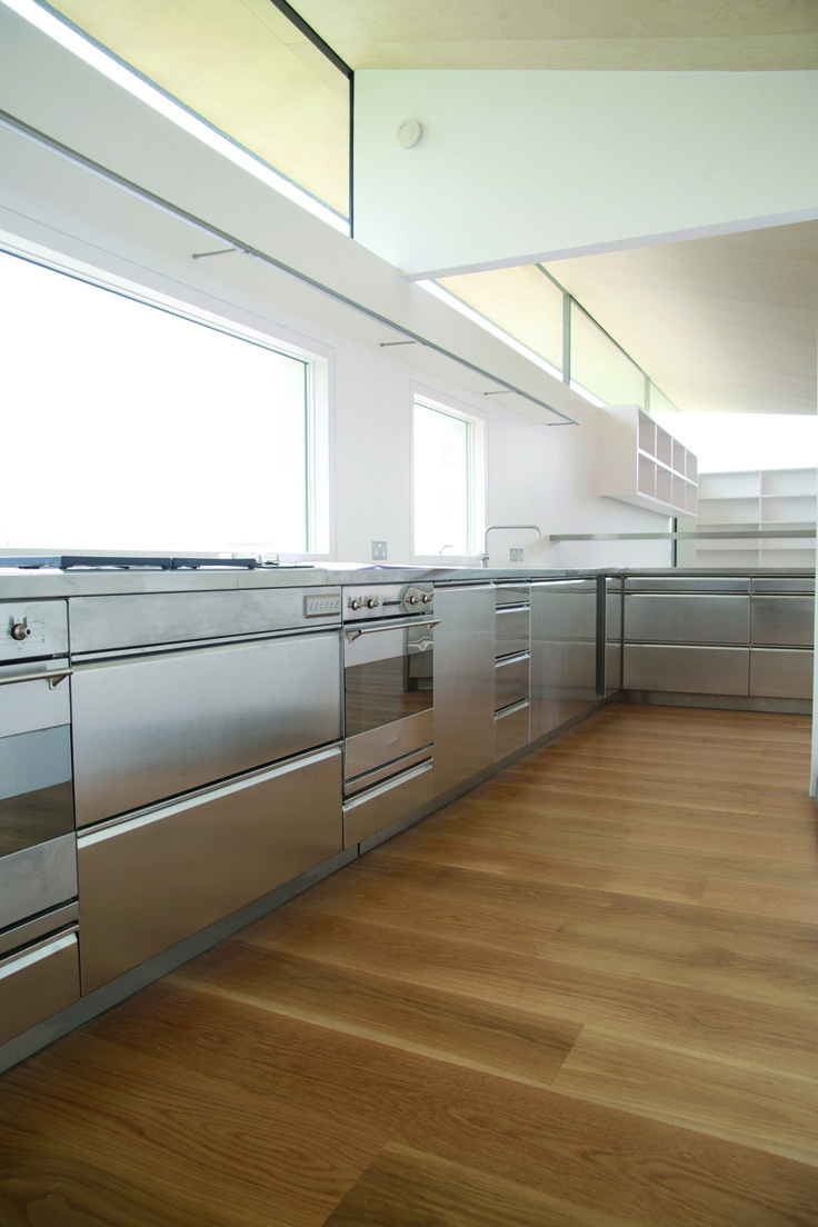 As well as stainless steel countertops, GEC Anderson also supply complete stainless steel kitchens, including base cabinets, drawer units an oven-housings!