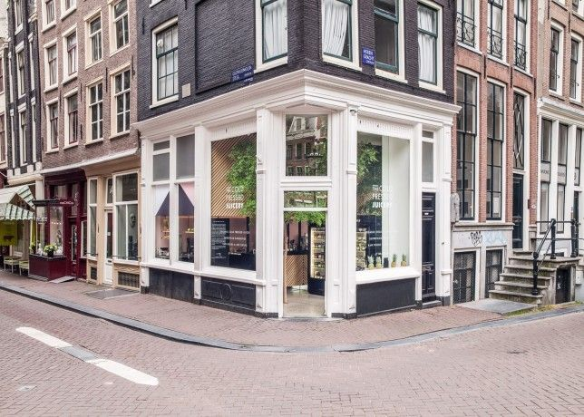 The Cold Pressed Juicery In Amsterdam Designed By Standard Studio