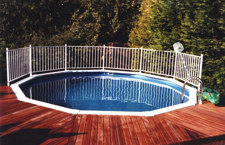 17 39 aluminium above ground pool in the corner of the for Above ground pool decks indianapolis