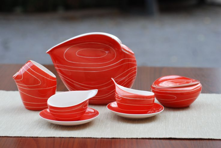 Coffee set Dorota (red) designed in 1962 by L. Tomaszewski