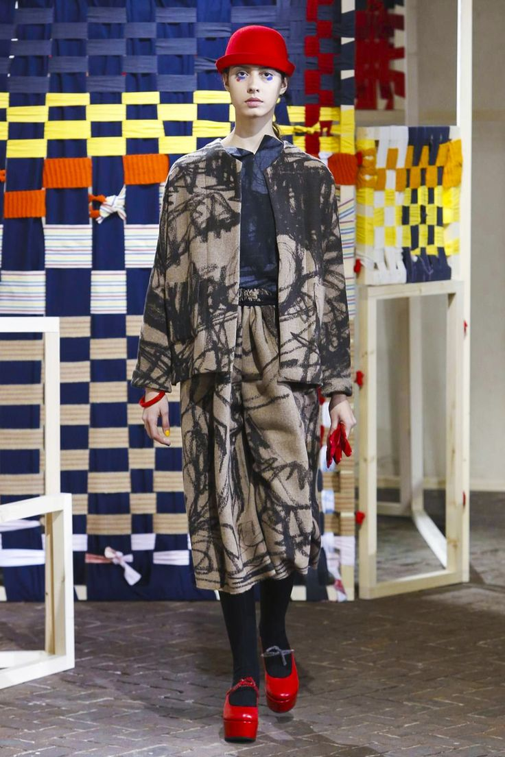 Daniela Gregis Fashion Show Ready to Wear Collection Fall Winter 2017 in Milan