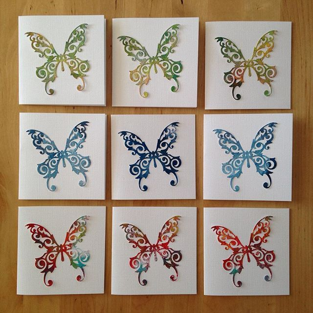 More of my small cards with Gelliprints butterflyes  #gelliarts #gelliart #gelliprint #gelliprints #gelliprinting #cardmaking #sizzix #sizzixbigshot #diecutting #monoprint #monoprinting #kortlaging #kort