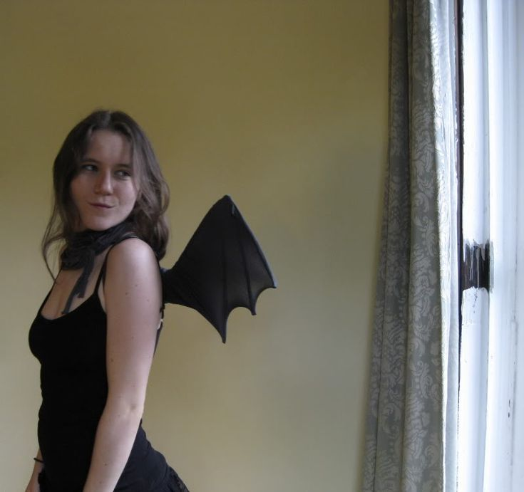 Really nice tutorial on making batwings from clotheshangers and nylons.