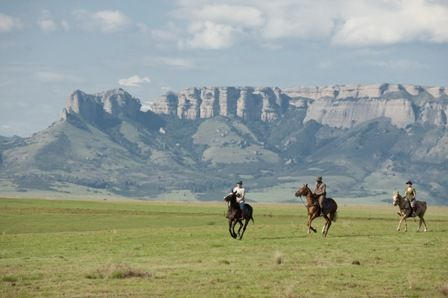 Seems surreal, right?! You can make this a part of your reality with our #horseriding #holiday... #Drakensberg