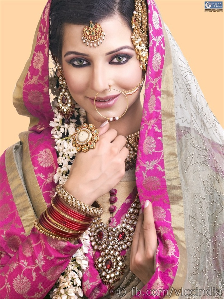 Capturing the serene mood of an Islamic prayer, this look focuses on the eyes, lining them deep kohl, voluminizing the lashes and adding a sprinkle of shimmer for added effect. The lips are kept light with gloss. The hair may be styled in an elegant French roll, an intricate plait adorned with flowers or as an eye catching upstyle.