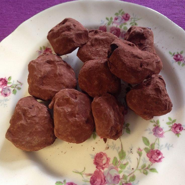 Δαμάσκηνα γεμιστά με σοκολάτα - gourmed.gr