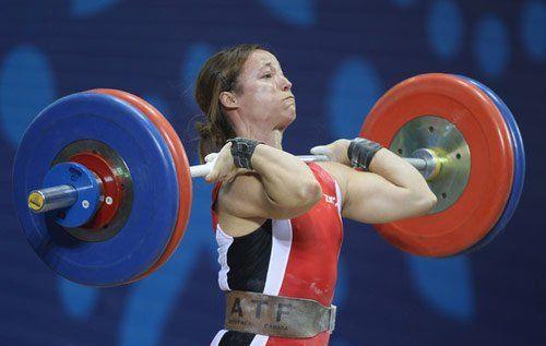 Lo sforzo più grande: i volti sfigurati dei campioni di sollevamento pesi. #sport