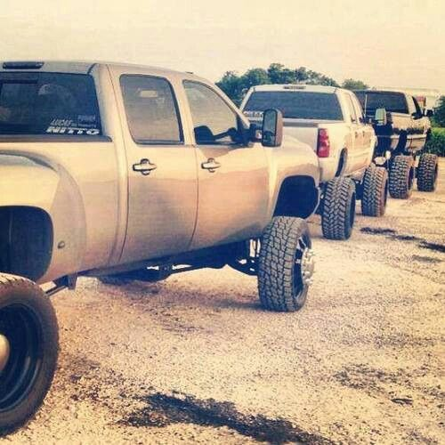 Sexy Lifted Trucks