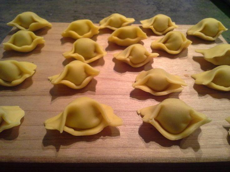 Agnolotti del plin, leggi qui la ricetta http://blog.giallozafferano.it/tmm/agnolotti-del-plin/ #FOOD #RICETTE #RECIPE