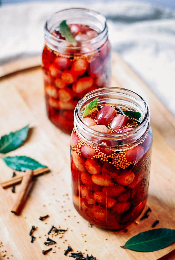 quick-pickled grapes // brooklyn supper