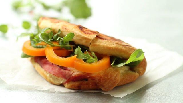 Easyfood-Luna Sandwich by Skovdal & Skovdal.