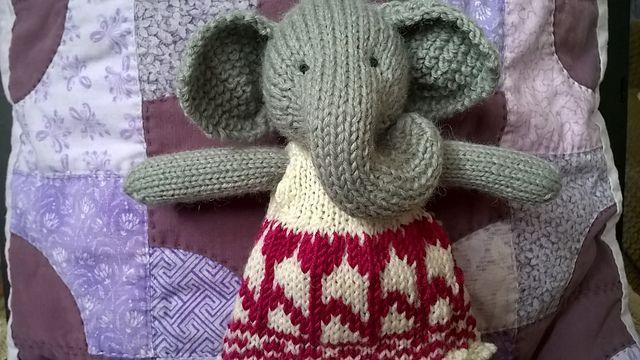 Ravelry: szederbor's Girl Elephant in a Frondy Frock