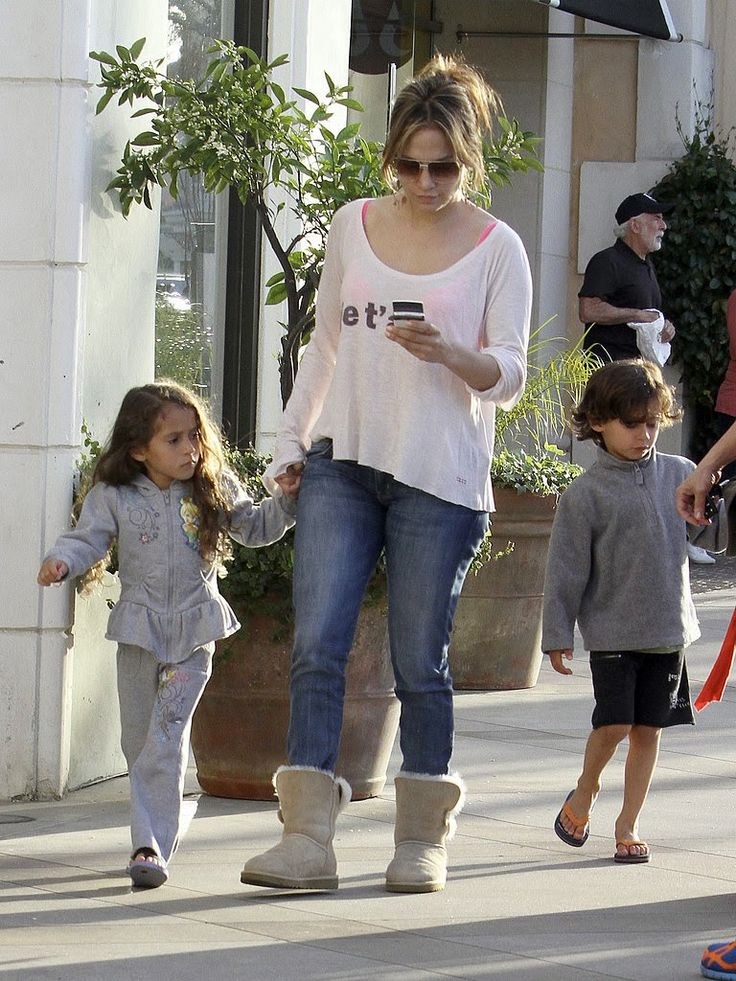 i-con: Αντιγράψτε το look της Jennifer Lopez!!