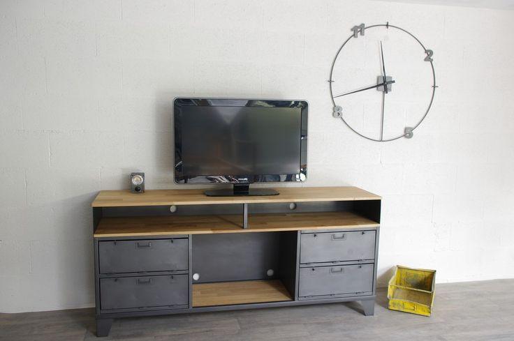 R alisation d un meuble tv industriel sur mesure avec clapets militaires cr - Restauration meuble industriel ...