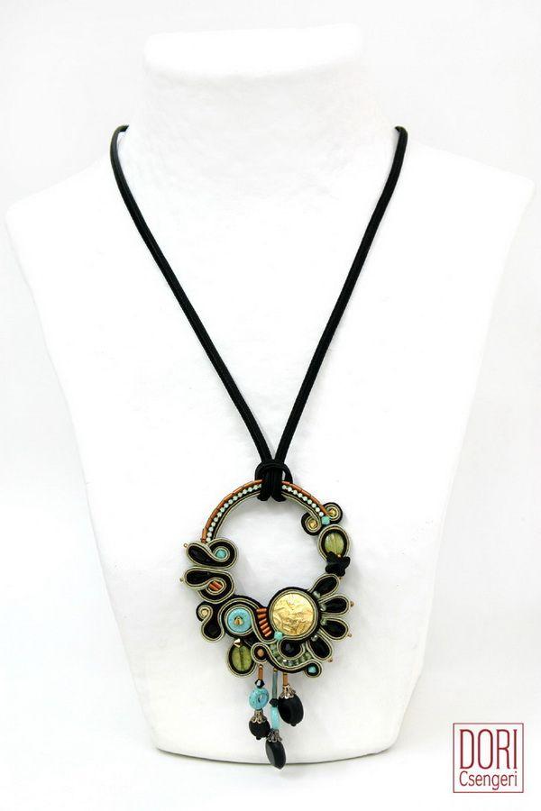 necklaces : Adesso