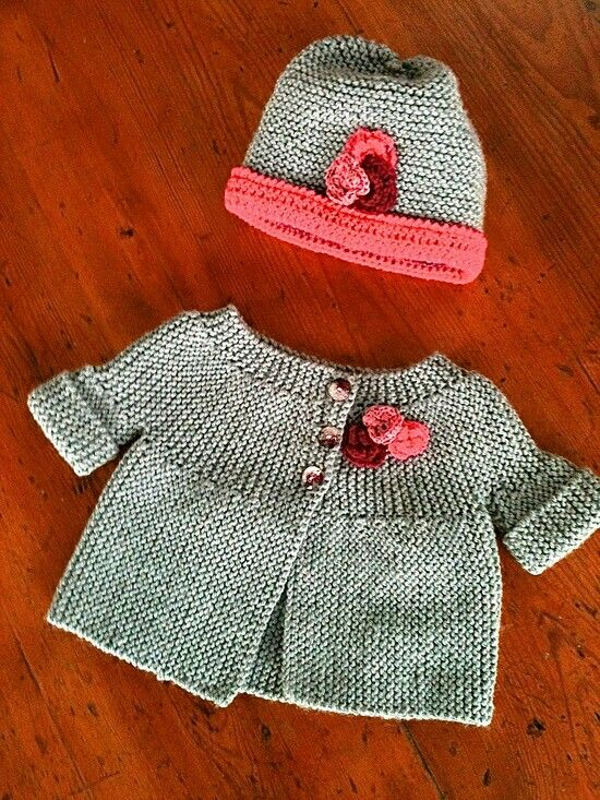 CUTE Baby Sweater & Hat Set