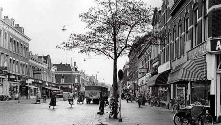 De Zwart Jansstraat. Omstreeks 1956..